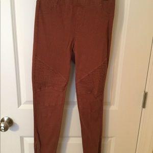 Rust skinny/legging pants